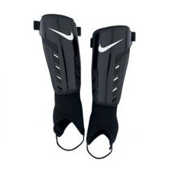Ochraniacze piłkarskie Nike Tiempo Park Shield SP0252 067