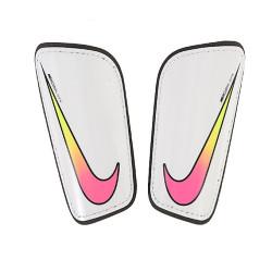 Ochraniacze piłkarskie Nike Hard Shell Slip-In SP0285 104