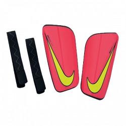 Ochraniacze piłkarskie Nike Hard Shell Slip-In SP0285 607