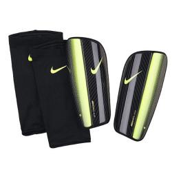 Ochraniacze piłkarskie Nike Merucrial Blade SP0290 071
