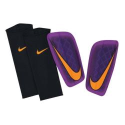 Ochraniacze piłkarskie Nike Mercurial Lite SP0284 535