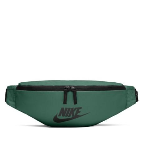 Nerka Nike Heritage BA5750 310