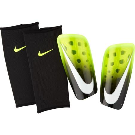 ochraniacze Nike Mercurial Lite SP2120 702