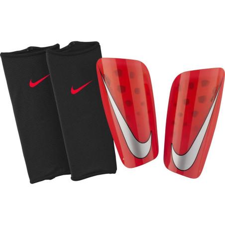 ochraniacze Nike Mercurial Lite SP2120 610
